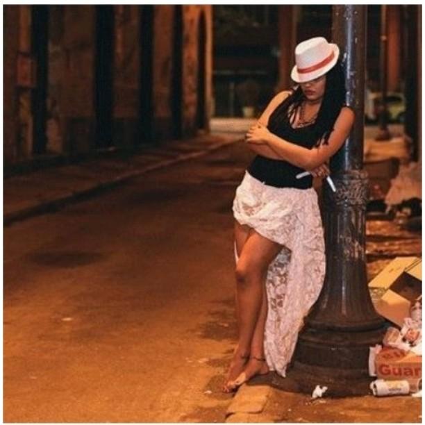 Diosa Pombagira Hechicera Chamana Arquetipos Menstruales Terapia y Empoderamiento Menstrual